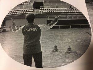 指導中の井村コーチ